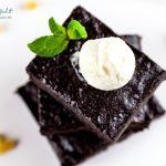 Brownies al cioccolato fondente con gelato allo zenzero