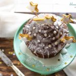 Muffin gigante al cacao e gocce di cioccolato