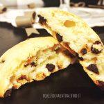 Biscotti Maxi con panna e gocce di cioccolato
